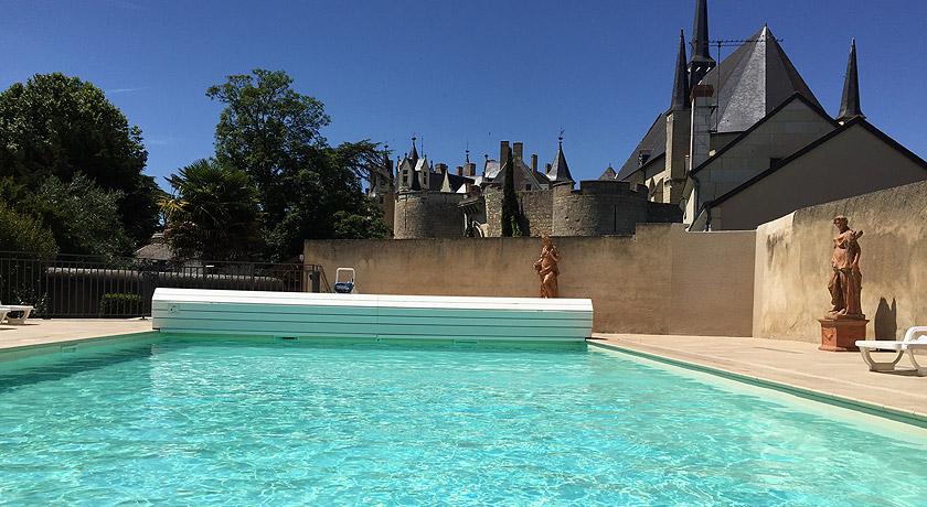 Piscine Hammam Au Chateau Montreuil Bellay 49 Relais Du Bellay